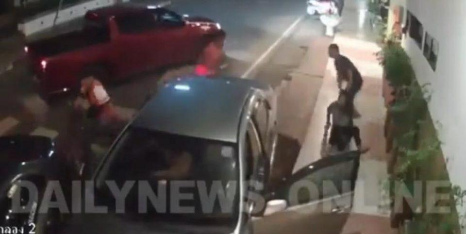 Снимено брутално киднапирање на девојка сред улица: И го пресретнаа автомобилот, ја извлекоа и со неа го бришеа патосот (ВИДЕО)
