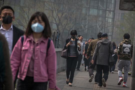 Кина стави во затвор стотици службеници кои не се справиле со прекршувањата на еколошките прописи