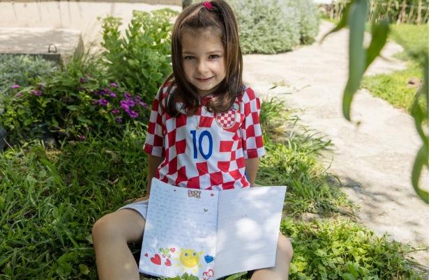 Девојче болно од леукемија имаше една скромна желба: Тогаш Лука Модриќ ја покажа својата големина како човек (ФОТО)