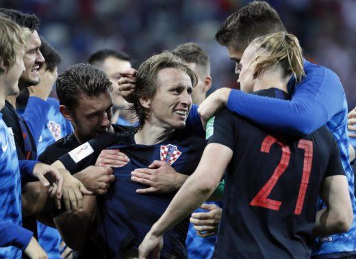 ХИТ ФОТО: Чувал кози по хрватскиот крш, а сега ја води репрезентацијата до врвот