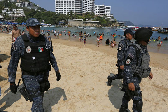 Петмина убиени во оружен напад во мексиканското летувалиште Канкун