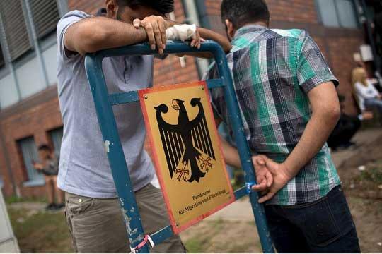 Камповите во Германија ќе бидат од затворен тип, без интеграција на мигрантите
