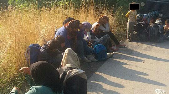 Тринаесет мигранти пронајдени во едно возило: Кривична пријава за кумановчанец