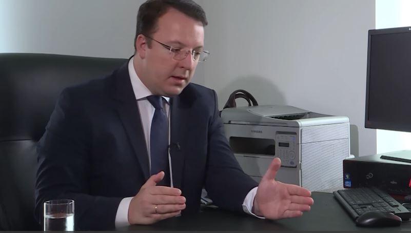 Николоски за Заев: Човекот кој потпиша дека имаме заедничка историја со Бугарија зборува за патриотизам