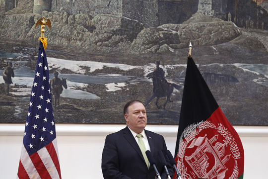 Помпео: Трамп и Путин ќе разговараат за Украина и Сирија