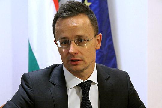 Сијарто: Унгарија продолжува да го поддржува Балканот на патот кон ЕУ