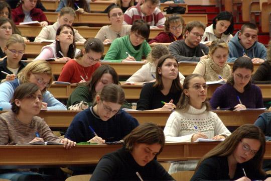Намален бројот на ученици и студенти во интернатите и домовите