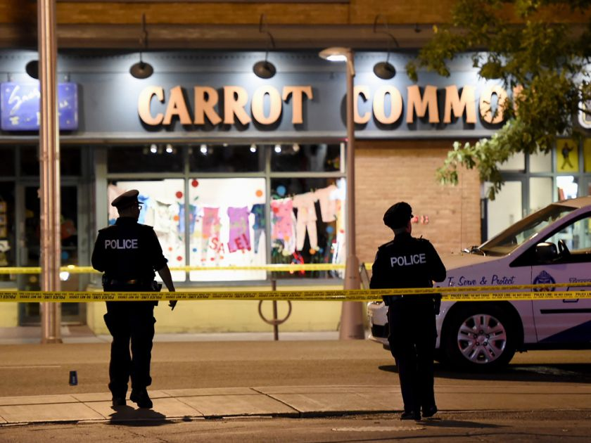 ФОТО: Престрелка во Торонто – двајца загинати, 13 повредени