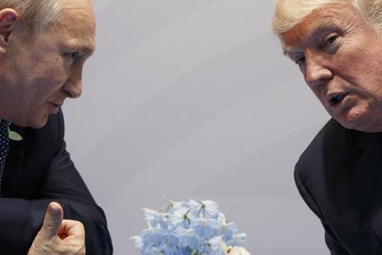 Трамп ги обвини Обама и Клинтон за нарушените односи со Русија