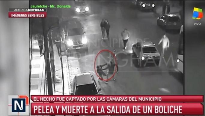 Хорор во Аргентина: Фудбалер уби голман со нож! (ВИДЕО)