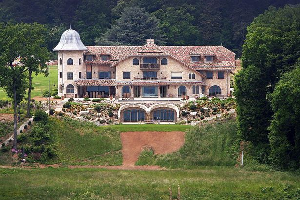 Дом шумахера в швейцарии фото