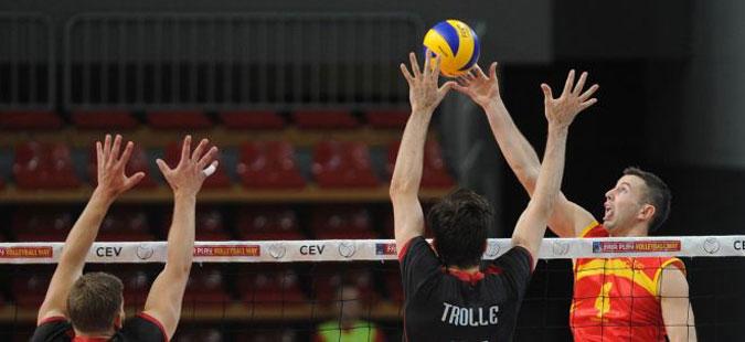 Македонските одбојкари ја совладаа Швајцарија во квалификациите за ЕП