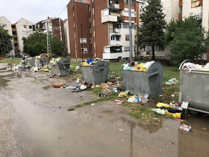 ФОТО: Свети Николе во екот на летната сезона тоне во ѓубре, граѓаните стравуваат од ширење на заразни болести