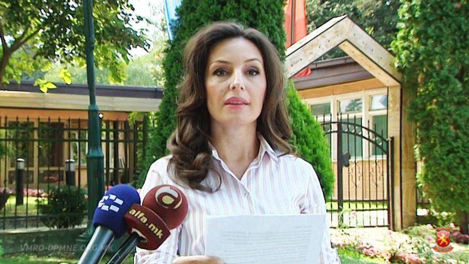 Попова: 10 месеци Шилегов не направи ниту еден проект, а сега одвојува 70 илјади евра за нови партиски вработувања