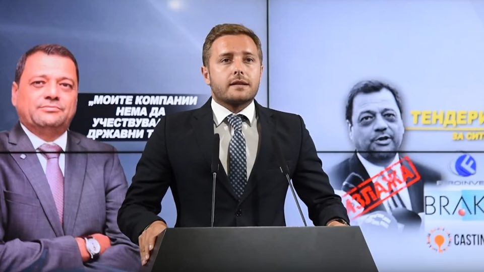 Арсовски: Анѓушев ја потценува интелегенцијата на граѓаните додека ги полни своите фирми и фирмите на своите најблиски со тендери!
