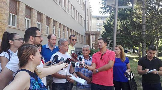 Граѓански здруженија бараат отпис на долговите за комунални услуги