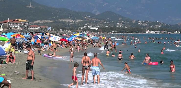 Грчкиот туризам да се насочи кон земјите кои добро се справуваат со епидемијата, бараат од Здружението на грчки туристички фирми