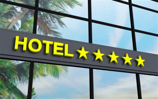 Хотелите од денеска стартуваат со работа по КОВИД протокол