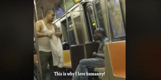 Пример за хуманост: Тоа што го направи ова момче треба да ве научи голема лекција (ВИДЕО)