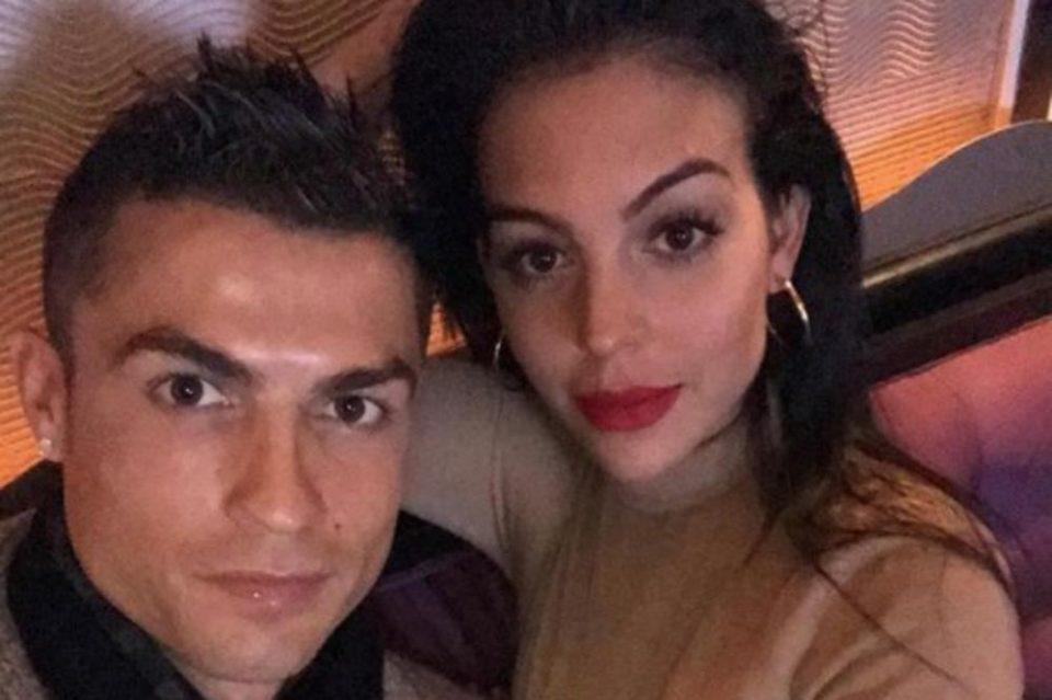 Роналдо веќе го запиша првенецот за Јувентус: Кристијано ја почести Георгина и себе после натпреварот (ФОТО)