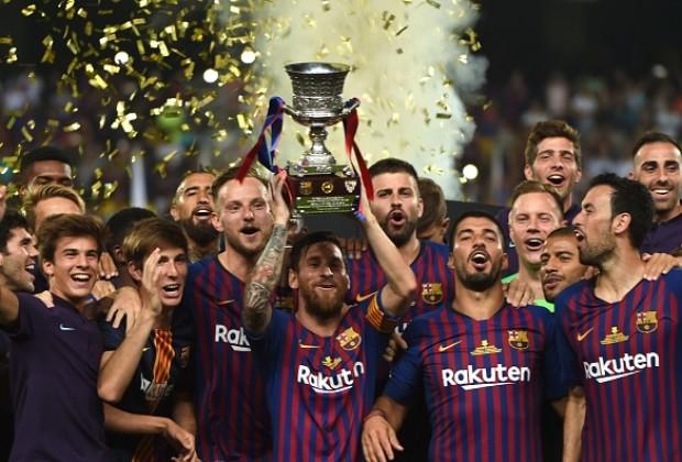 Меси најтрофеен играч на Барселона