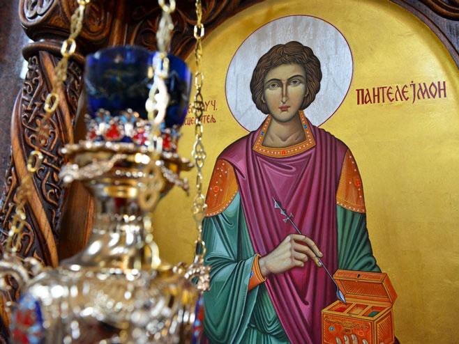 Денеска е Св. Климент Охридски и свети Пантелејмон