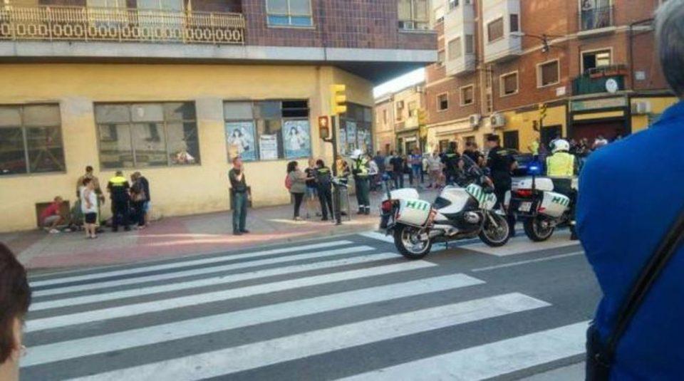 Хаос и паника во Шпанија: Автомобил се качи на тротоар и газеше луѓе