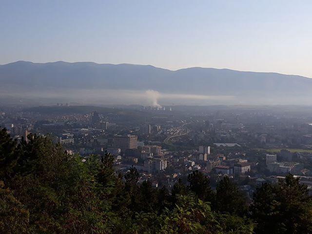 Скопјани се гушат среде лето, Владата парите планирани за заштита на животната средина ги пренамени за референдумот