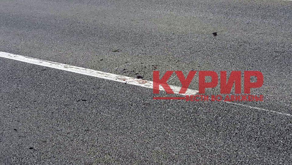 ФОТО: Тешка сообраќајка на Првомајска, крвавите траги сведочат за несреќата