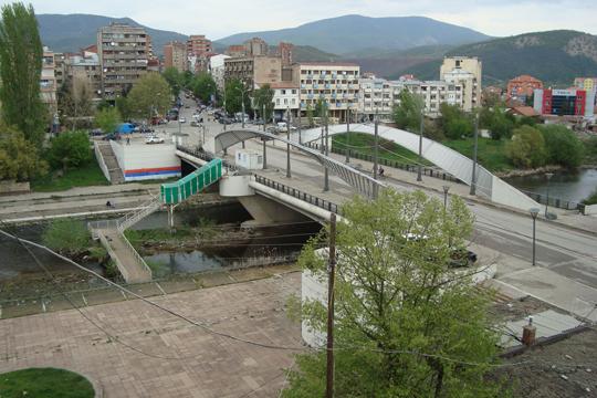 Анкета: Северот на Косово не верува ниту на српските ниту на албанските политичари