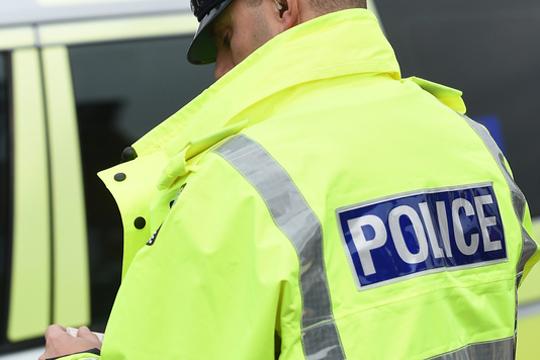 Сомнително возило пронајдено на паркинг во источен Лондон