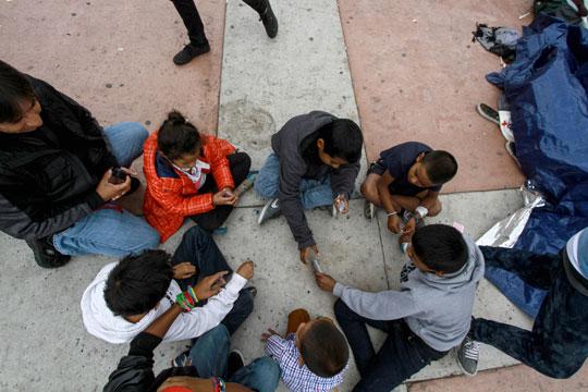 Владата на САД сака да излезе од договорот за притворање на децата-мигранти