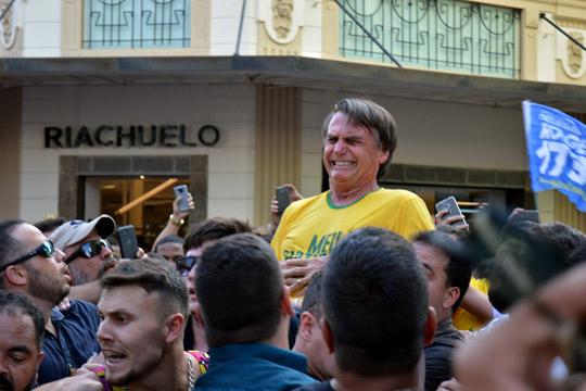 Бразилскиот претседателски кандидат најверојатно нема да ја продолжи кампањата поради сериозните повреди