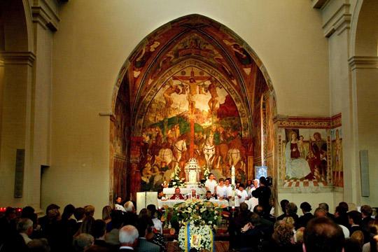 Повеќе од половина свештеници во Холандија поврзани со злоставување