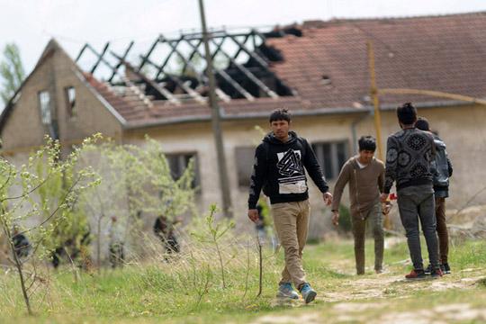 Брнабиќ: Центрите за мигранти во Србије се само гласини, Фронтекс не доаѓа