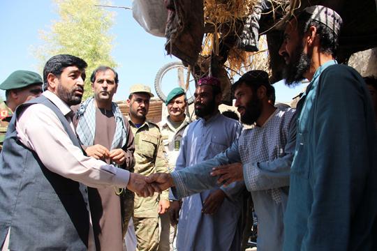 Авганистан преговара со талибанците за мирни избори во октомври