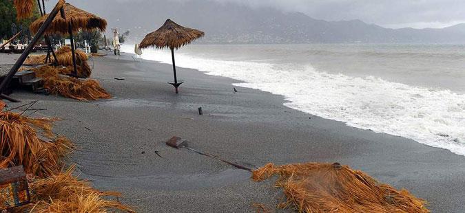 """Циклонот """"Зорбас"""" поплави делови од Пелопонез"""