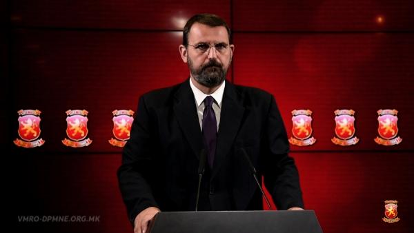 Стоилковски: Срамно е Заев да подготвува прослава за Денот на независност на Република Македонија додека ја гази сувереноста