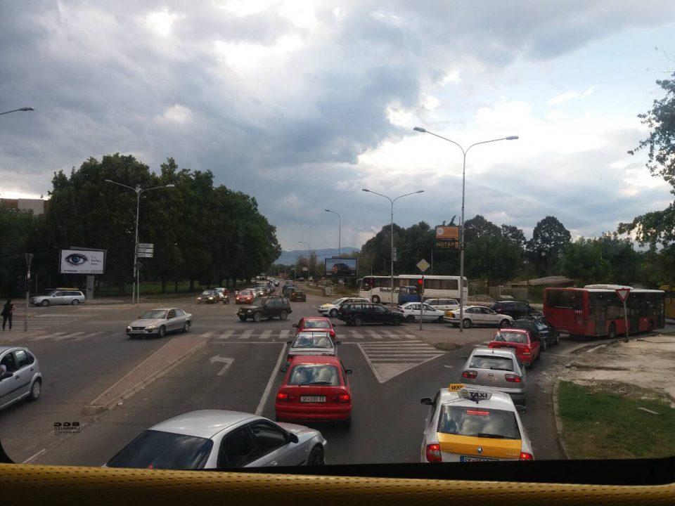 ФОТО: Бутел во досега невиден хаос, граѓаните имаат впечаток дека општината нема градоначалник, ниту општинска власт
