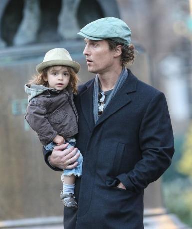 Холивудскиот актер му го спасил животот на својот син