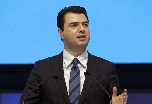 Албанската опозиција најави продолжување на бојкотот на Парламентот
