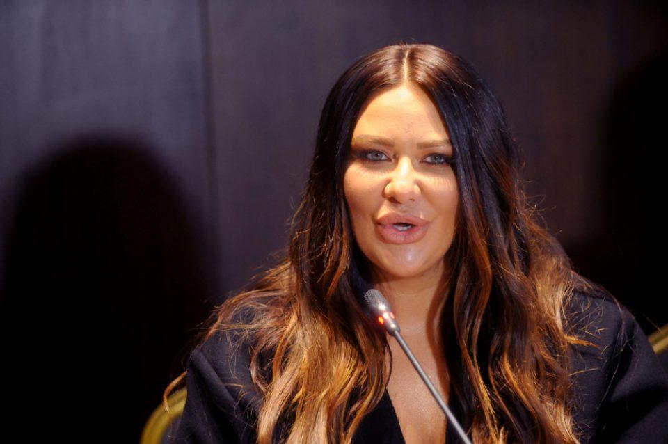 Беше најзгодна пејачка на Балканот, па стана многу дебела: Денес Ана Николиќ изгледа вака (ФОТО)