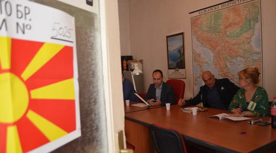 Во Белград гласаат 24 македонски државјани, третина излегле до 12 часот