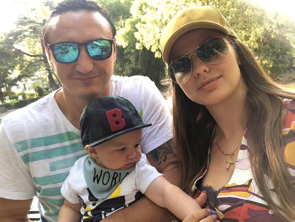 ФОТО: Борко Ристовски славеше роденден со сопругата и синот