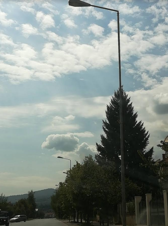 Битола и Тетово без македонски знамиња за 8-ми септември: Градоначалничката не се ни појави на прославата