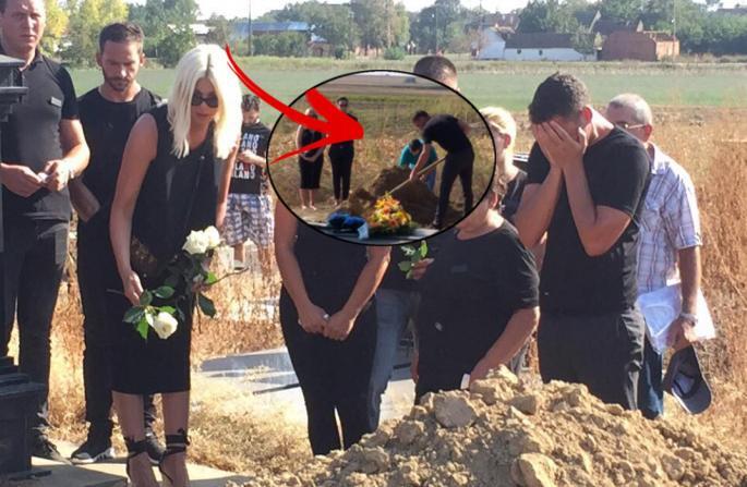 Јелена и Душко скршени од тага, погребан таткото на фудбалерот (ФОТО)