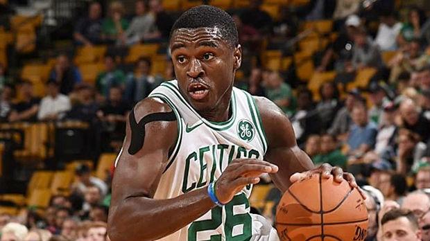 НБА кошаркар уапсен за семејно насилство