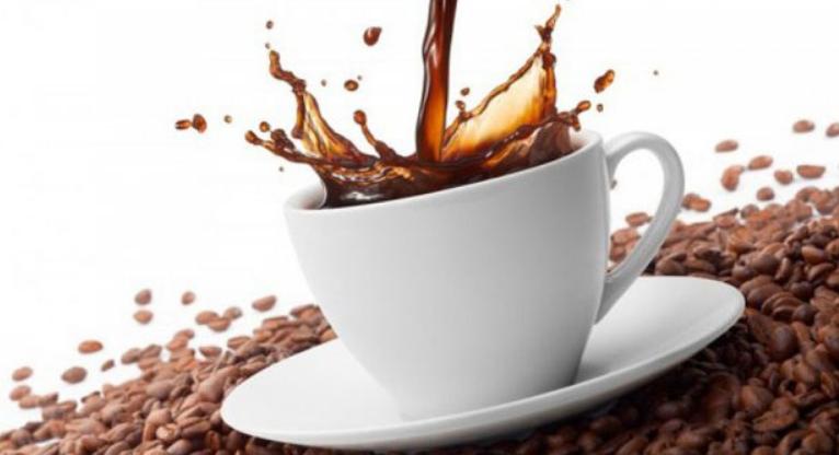 Пиете кафе наутро? Многу грешите, прочитајте зошто!