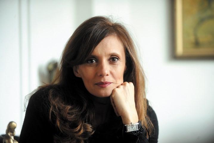 Софија Куновска до Заев: Дечко, ај не шири демагогии туку прво престани да пушиш во работни простории