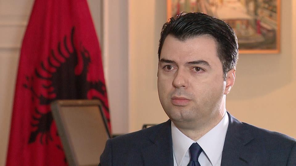 """За референдумот во Македонија, Баша апелира до Албанците: Гласајте """"За"""""""